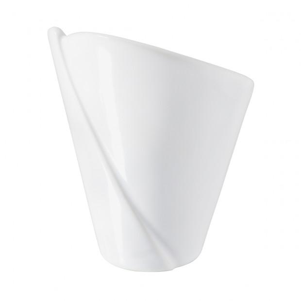 Cornet en porcelaine blanche